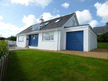 4 Bedrooms Bungalow for sale in Maes Awel, Abersoch, Gwynedd, LL53