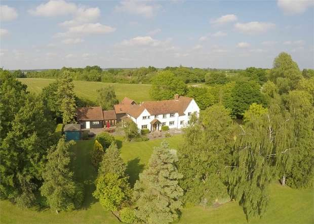 5 Bedrooms Detached House for sale in Stebbing, Great Dunmow, Essex