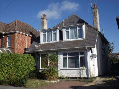 2 Bedrooms Flat for sale in Poole, Dorset, Poole