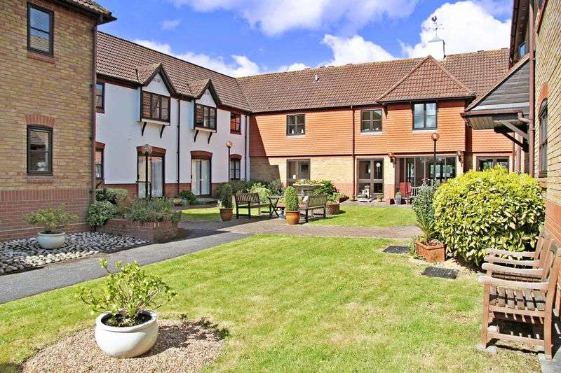 2 Bedrooms Retirement Property for sale in Roberts Court, Chelmsford, CM2 9RQ