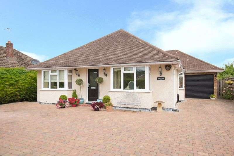 4 Bedrooms Detached House for sale in Monks Risborough