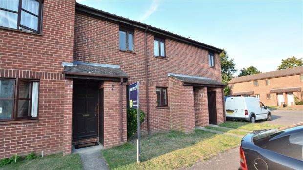 1 Bedroom Terraced House for sale in Newcourt, Cowley, Middlesex