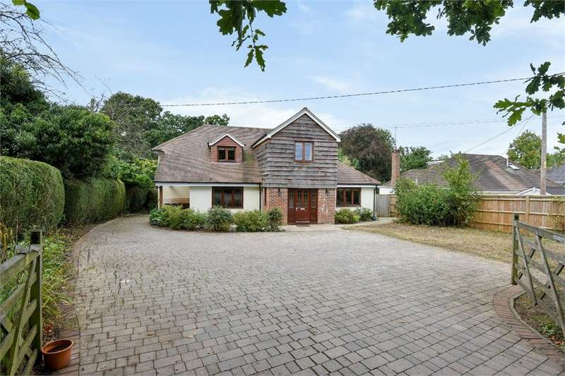 5 Bedrooms Detached House for sale in Heather Lane, Up Nately, HOOK