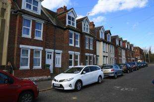 4 Bedrooms Terraced House for sale in Morrison Road, Folkestone