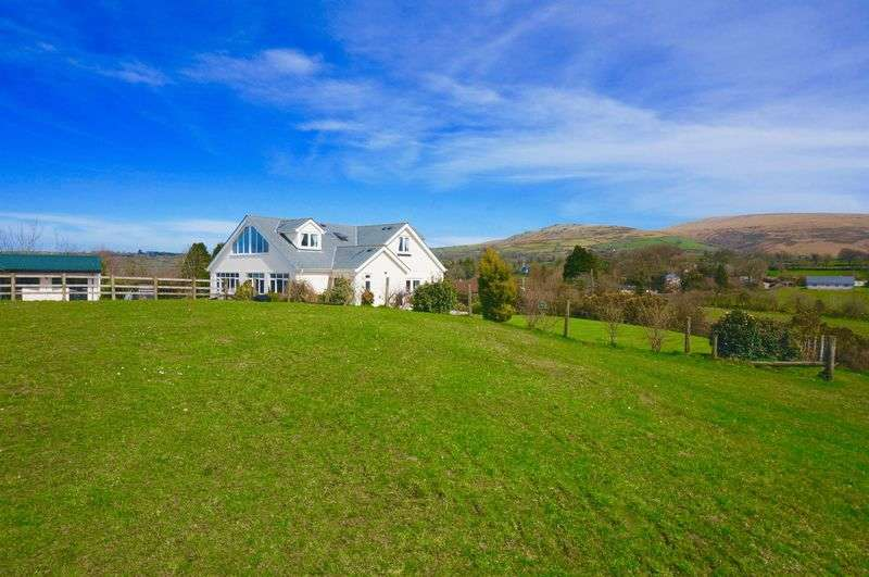 4 Bedrooms Detached House for sale in Bridestowe, Devon. EX20 4ER