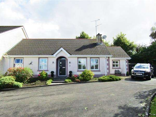 5 Bedrooms Semi Detached House for sale in 4 Pump Lane