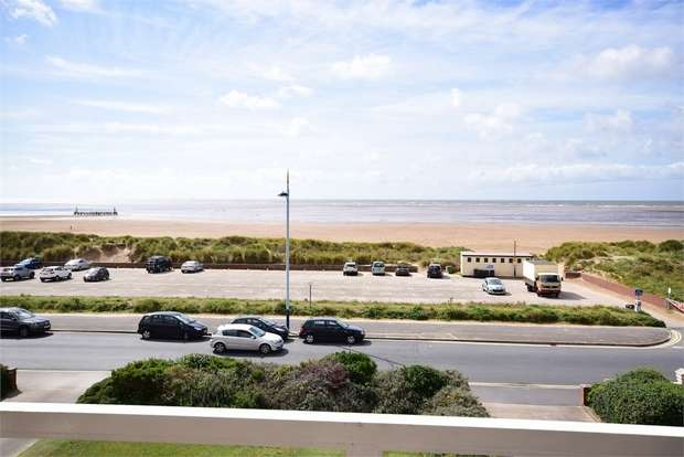 2 Bedrooms Flat for sale in 14-16 North Promenade, LYTHAM ST ANNES, Lancashire