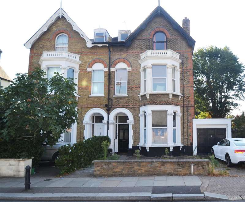 2 Bedrooms Apartment Flat for sale in Queens Road, Wimbledon