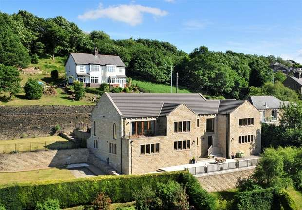 5 Bedrooms Detached House for sale in New Mill Road, HOLMFIRTH, West Yorkshire
