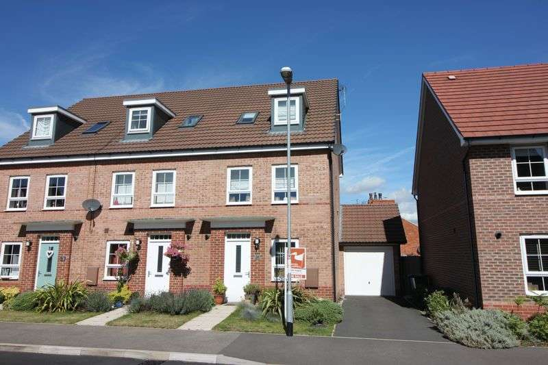 4 Bedrooms Semi Detached House for sale in Edgbaston Drive, Retford