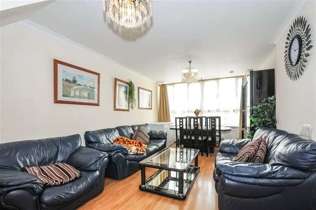 2 Bedrooms Maisonette Flat for sale in Astley House, Rowcross Street, South Bermondsey