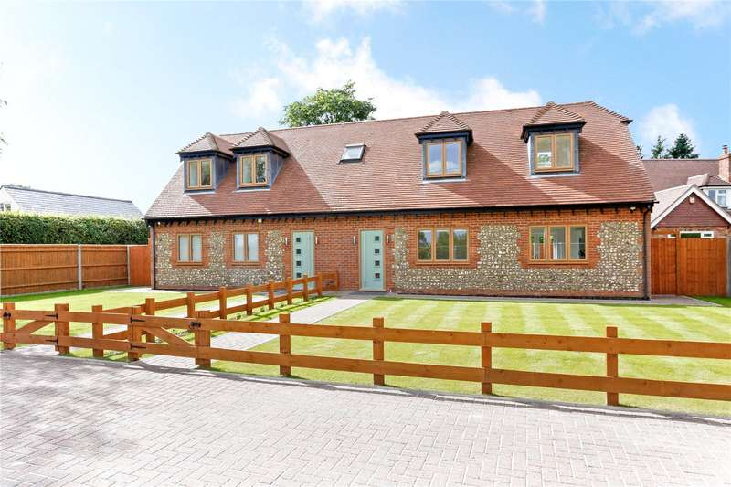 3 Bedrooms Semi Detached House for sale in Ballinger Road, Lee Common, Great Missenden, Buckinghamshire, HP16