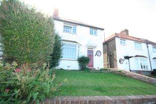 3 Bedrooms Semi Detached House for sale in Longland Road, Old Town, Eastbourne, East Sussex