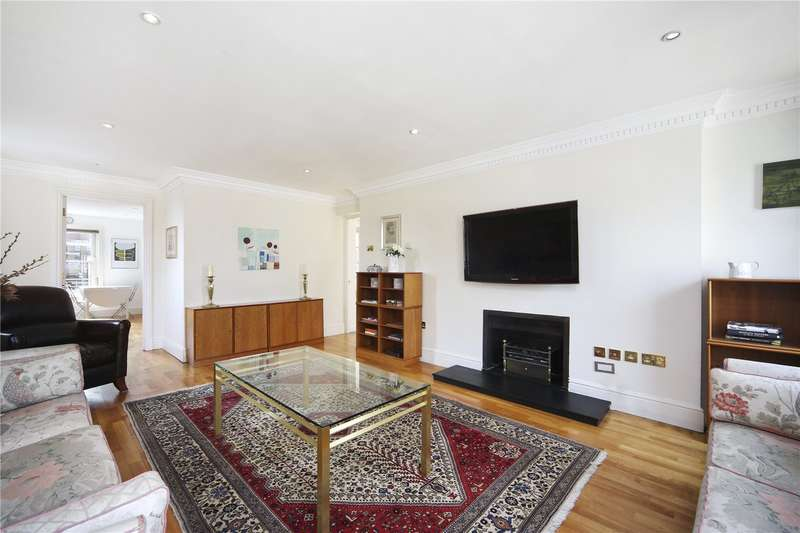 3 Bedrooms Flat for sale in Chadwick House, 9 Exchange Court, WC2R