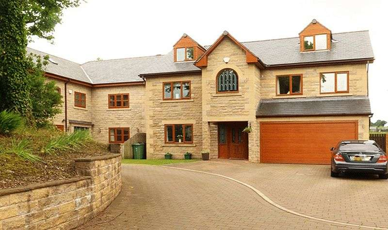 6 Bedrooms Detached House for sale in Bentley Meadows, Walshaw,Bury, BL8 3GL