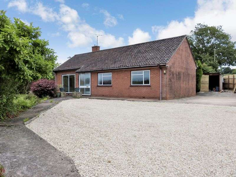 3 Bedrooms Detached Bungalow for sale in Chard Common,