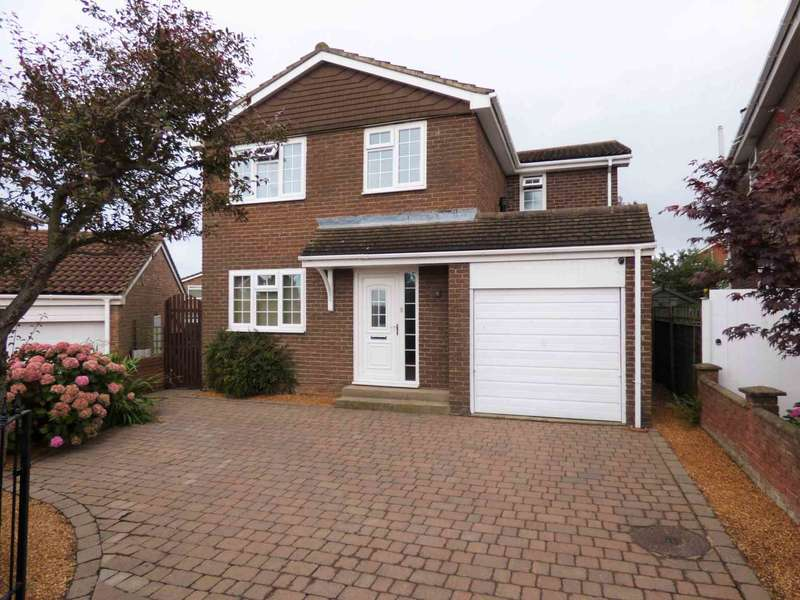 5 Bedrooms Detached House for sale in ***REDUCED***NO CHAIN*** Woodbrook Close, New Marske
