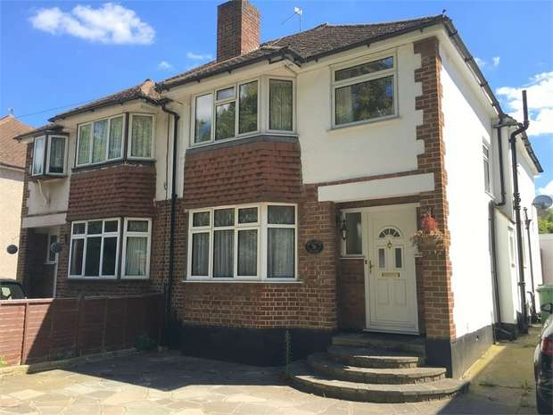 4 Bedrooms Semi Detached House for sale in Worcester Park Road, Worcester Park