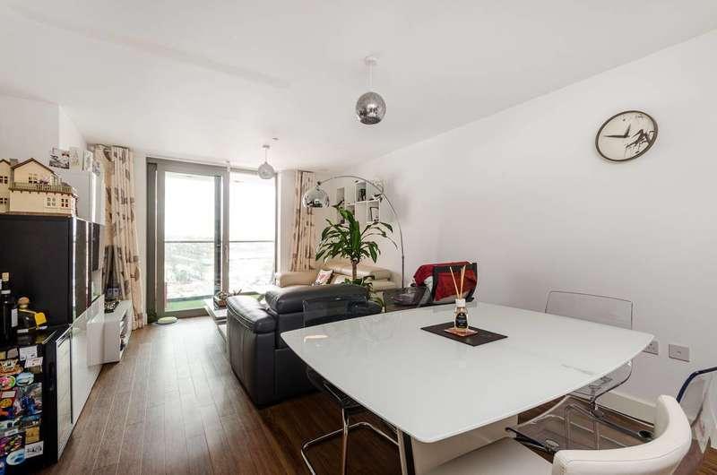 2 Bedrooms Flat for sale in Sienna Alto, Cornmill Lane, Lewisham, SE13