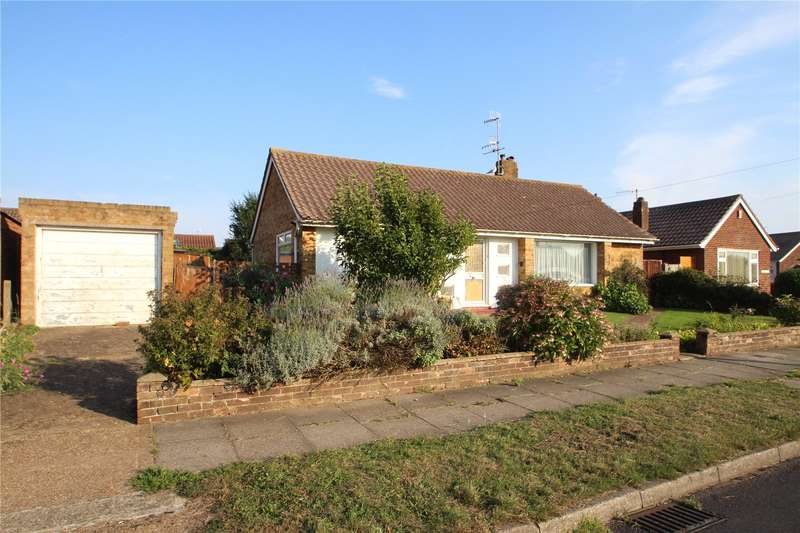2 Bedrooms Detached Bungalow for sale in Ullswater Road, Sompting, West Sussex, BN15