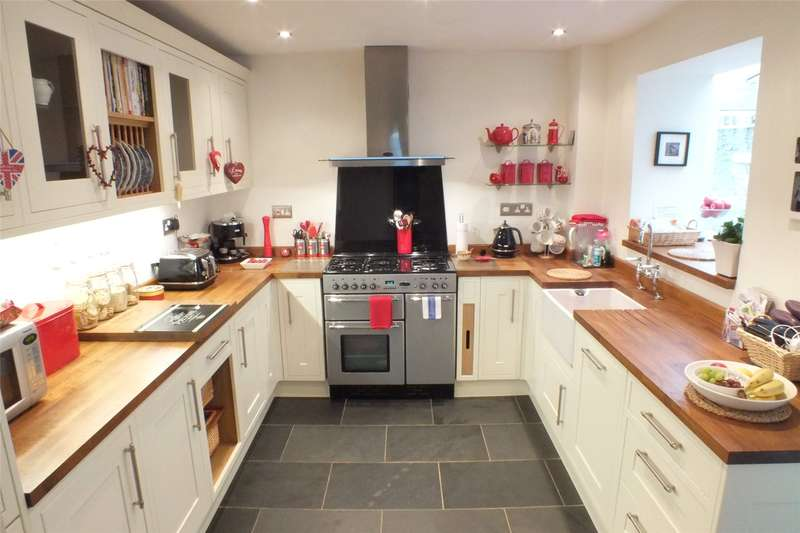 3 Bedrooms Terraced House for sale in Bengal Villas, Holyland Road, Pembroke