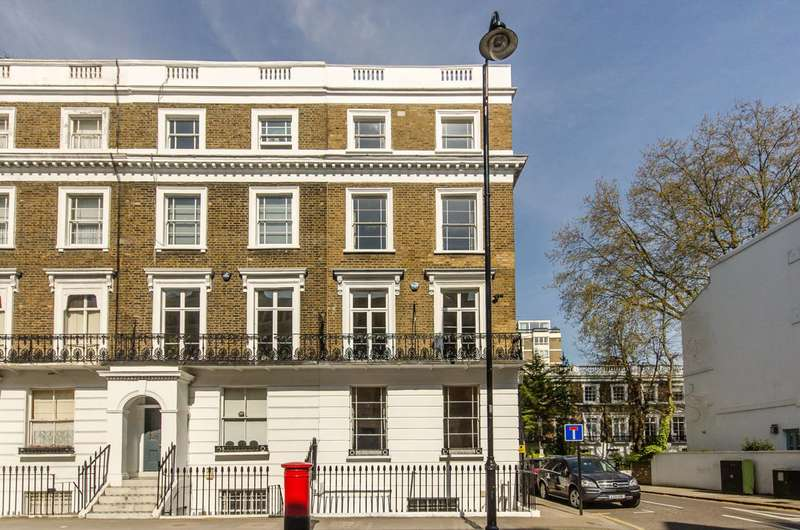 5 Bedrooms House for rent in Oakley Street, Chelsea, SW3