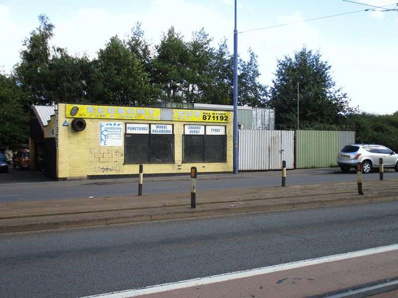 Property for sale in Leasehold tyre business