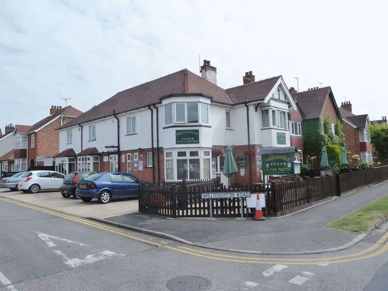 11 Bedrooms Property for sale in Sandbeck Avenue, Skegness