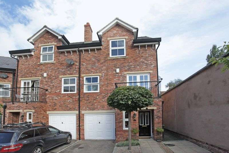 3 Bedrooms Terraced House for sale in Arnolds Yard, Altrincham
