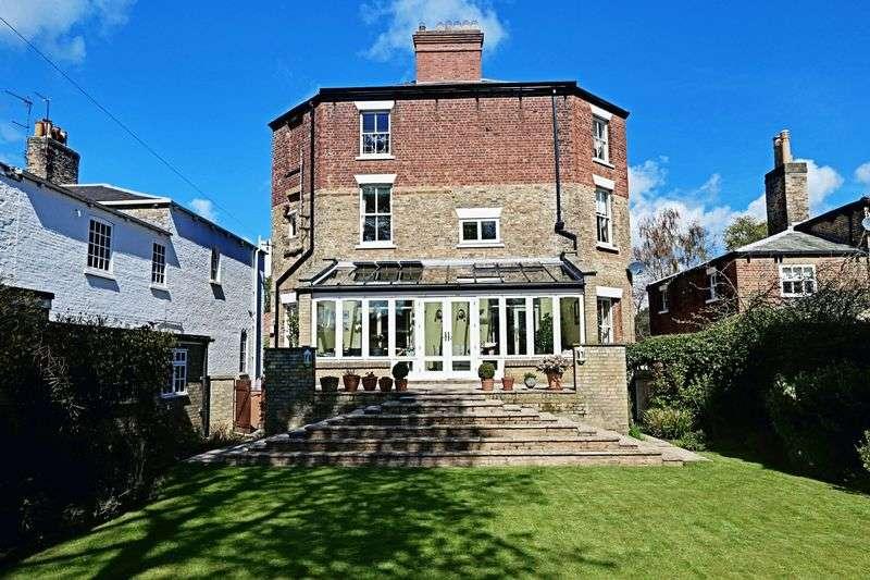 5 Bedrooms Detached House for sale in Norfolk Street, Beverley