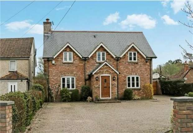 4 Bedrooms Detached House for sale in Organford Road, Holton Heath, POOLE, Dorset
