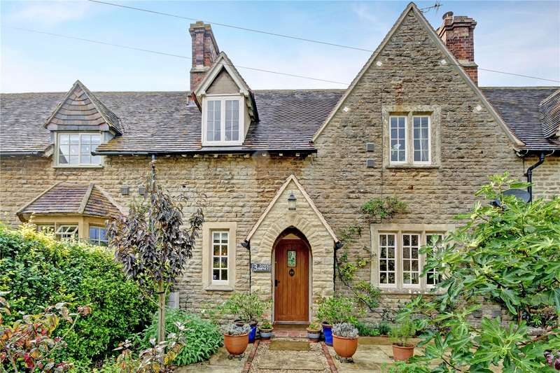 3 Bedrooms Terraced House for sale in Down Ampney, Cirencester, Gloucestershire, GL7