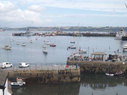 3 Bedrooms Flat for sale in Falmouth, Cornwall