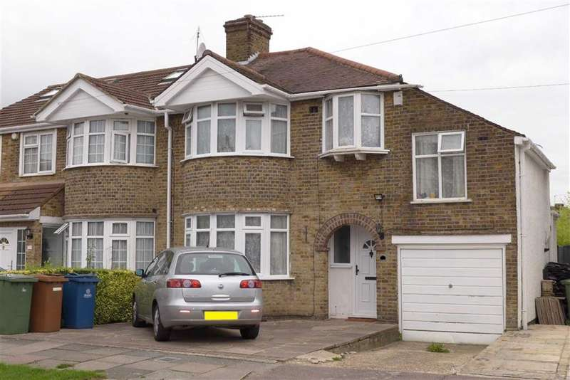 4 Bedrooms Property for sale in Ventnor Avenue, Stanmore, Middlesex