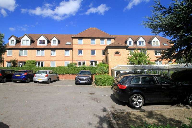 1 Bedroom Retirement Property for sale in St Elizabeth Court, North Finchley, N12 9HZ