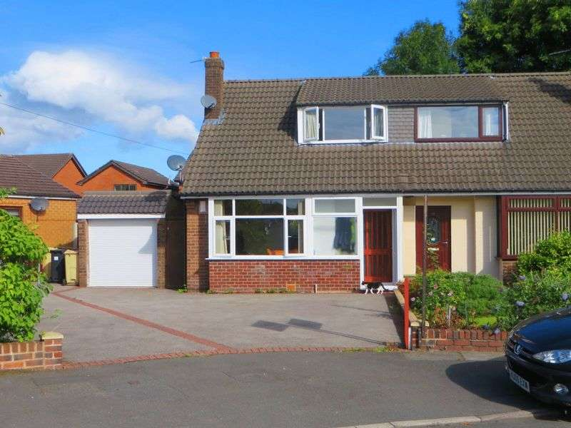 2 Bedrooms Semi Detached Bungalow for sale in Tarbet Drive, Breightmet, Bolton BL2 6LT