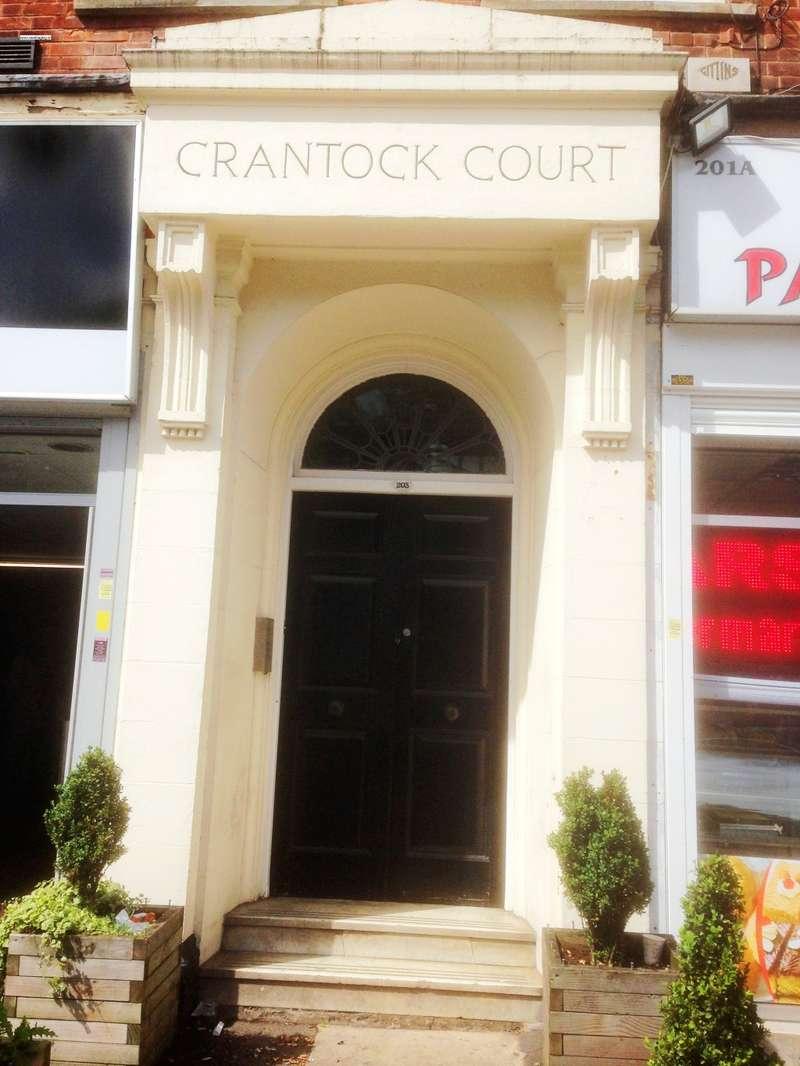 2 Bedrooms Flat for sale in Crantock Court, Hagley Road, Birmingham