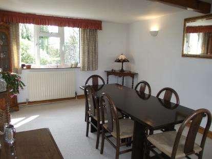 3 Bedrooms Bungalow for sale in Bro Llwyn Estate, Ala Road, Pwllheli, Gwynedd, LL53