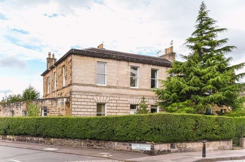 3 Bedrooms Flat for sale in 44a Brighton Place, Portobello, Edinburgh, EH15 1LT