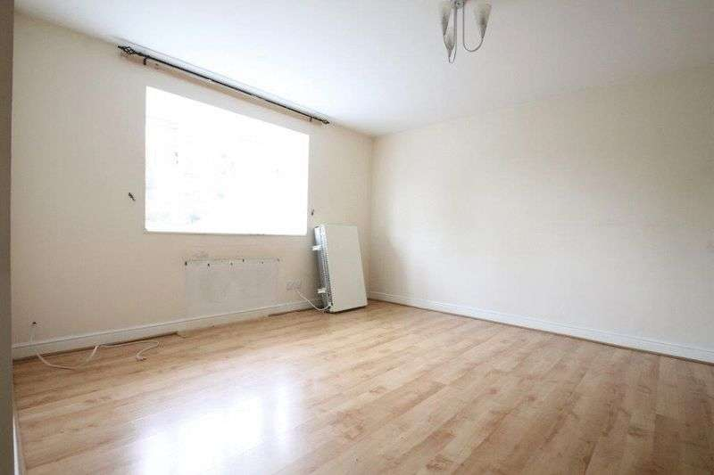 2 Bedrooms Flat for sale in Armoury Road, London