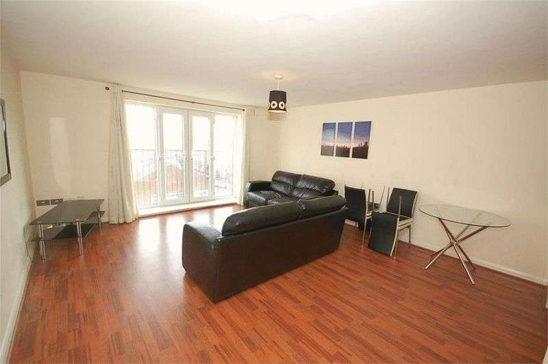 2 Bedrooms Flat for sale in Percy Street, Manchester