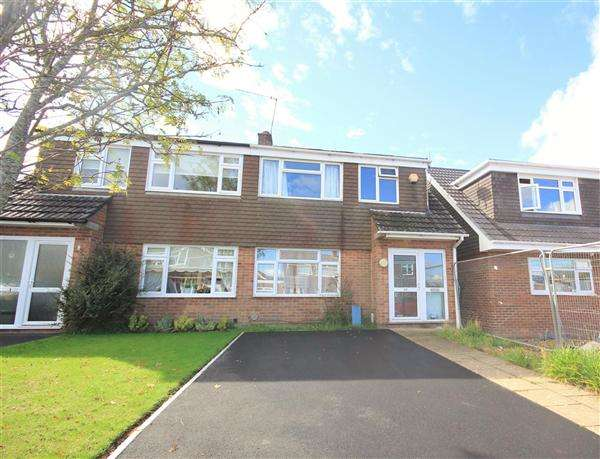 3 Bedrooms Semi Detached House for sale in Beamish Road, Poole