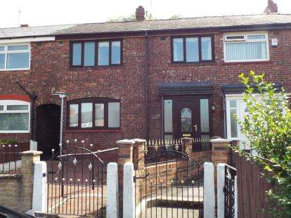 3 Bedrooms Terraced House for sale in Chelmsford Avenue, Manchester, Greater Manchester