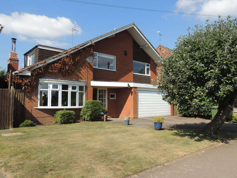 4 Bedrooms Detached House for sale in Old Station Road, Hampton-In-Arden