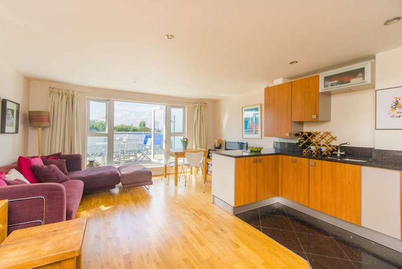 1 Bedroom Flat for sale in Clapham Road, Clapham North, SW9
