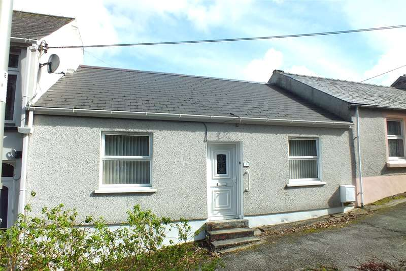 3 Bedrooms Terraced Bungalow for sale in Littlegates, Holyland Road, Pembroke