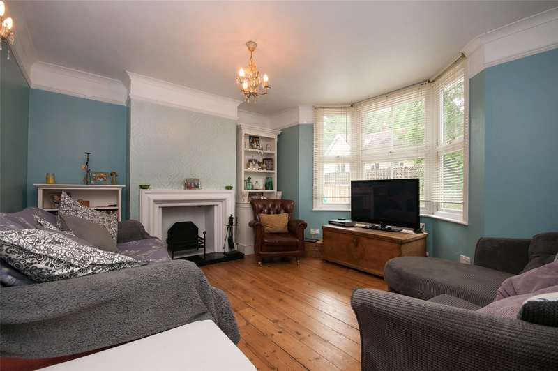 3 Bedrooms Semi Detached House for sale in High Street, Nutfield, RH1