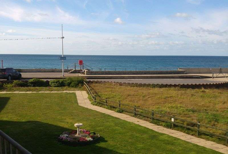 2 Bedrooms Flat for sale in Kingfisher Court, West Bay