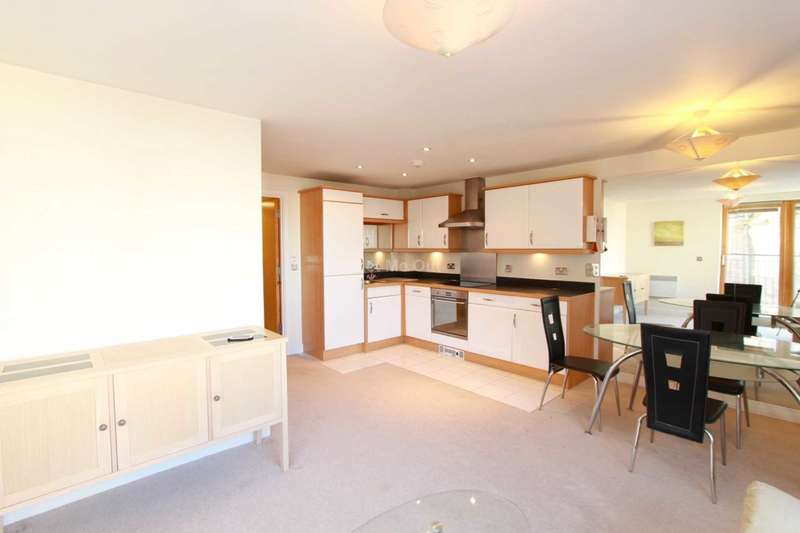2 Bedrooms Apartment Flat for sale in Knightstone Causeway, Weston Super Mare