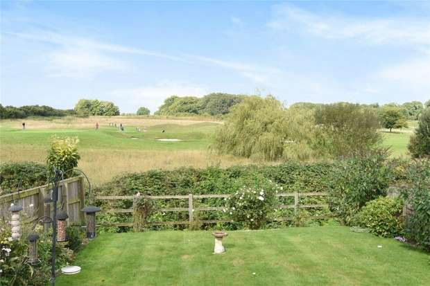 2 Bedrooms Semi Detached Bungalow for sale in Winchester, Hampshire